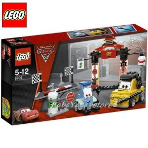 LEGO CARS - Duplo - Tokyo Pit Stop - 8206