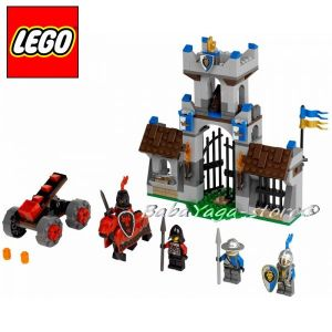 LEGO Конструктор CASTLE Нахълтване The Gatehouse Raid - 70402